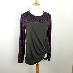 NWT Simply Southern Knotted top, sz L